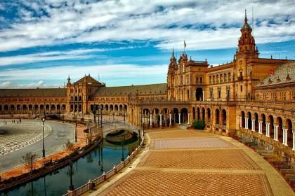 spanyol jövő idő Sevilla Plaza España