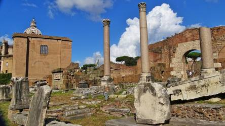 Indicativus praeteritum perfectum ókori Olaszország romok