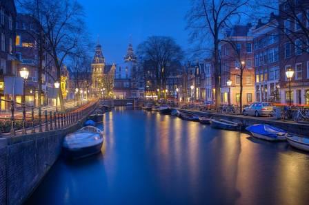 Amsterdam holland többes szám