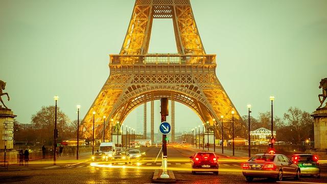 avoir vagy être Eiffel tower