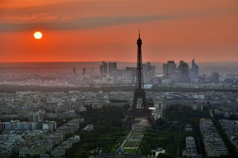 francia jelen idő Párizs Eiffel torony