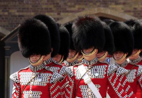 angol felszólító mód Buckingham-palota