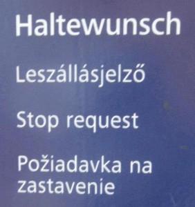 négynyelvű felirat vonaton 2
