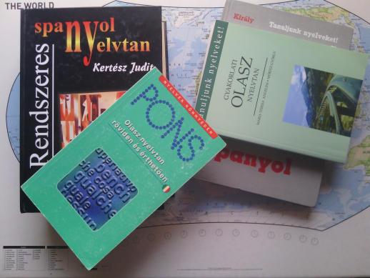 2020 nyara olasz és spanyol nyelvkönyvek